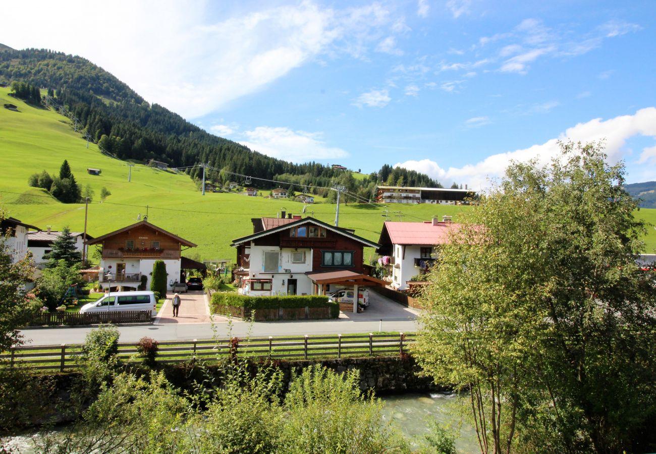 Chalet in Kirchberg in Tirol - Chalet Gaisberg