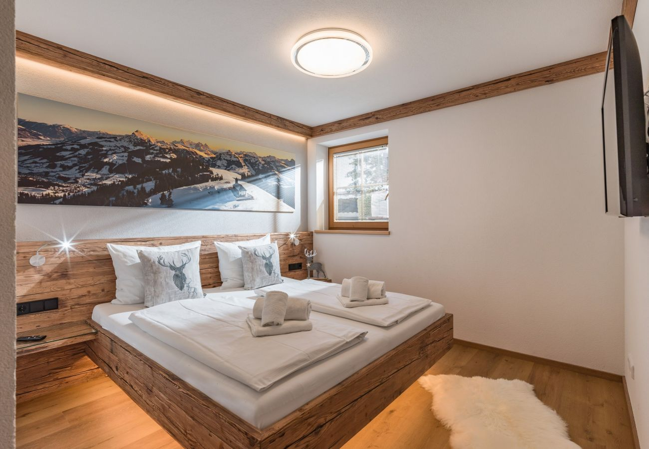 Chalet in Kirchberg in Tirol - Chalet Weinberg Top 2