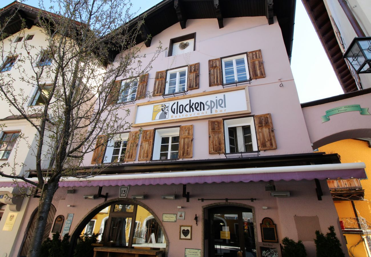 Ferienwohnung in Kitzbühel - Glockenspiel