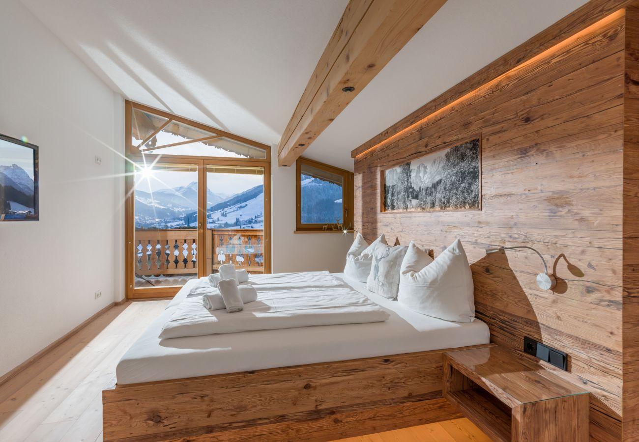 Chalet in Kirchberg in Tirol - Chalet Weinberg Top 1